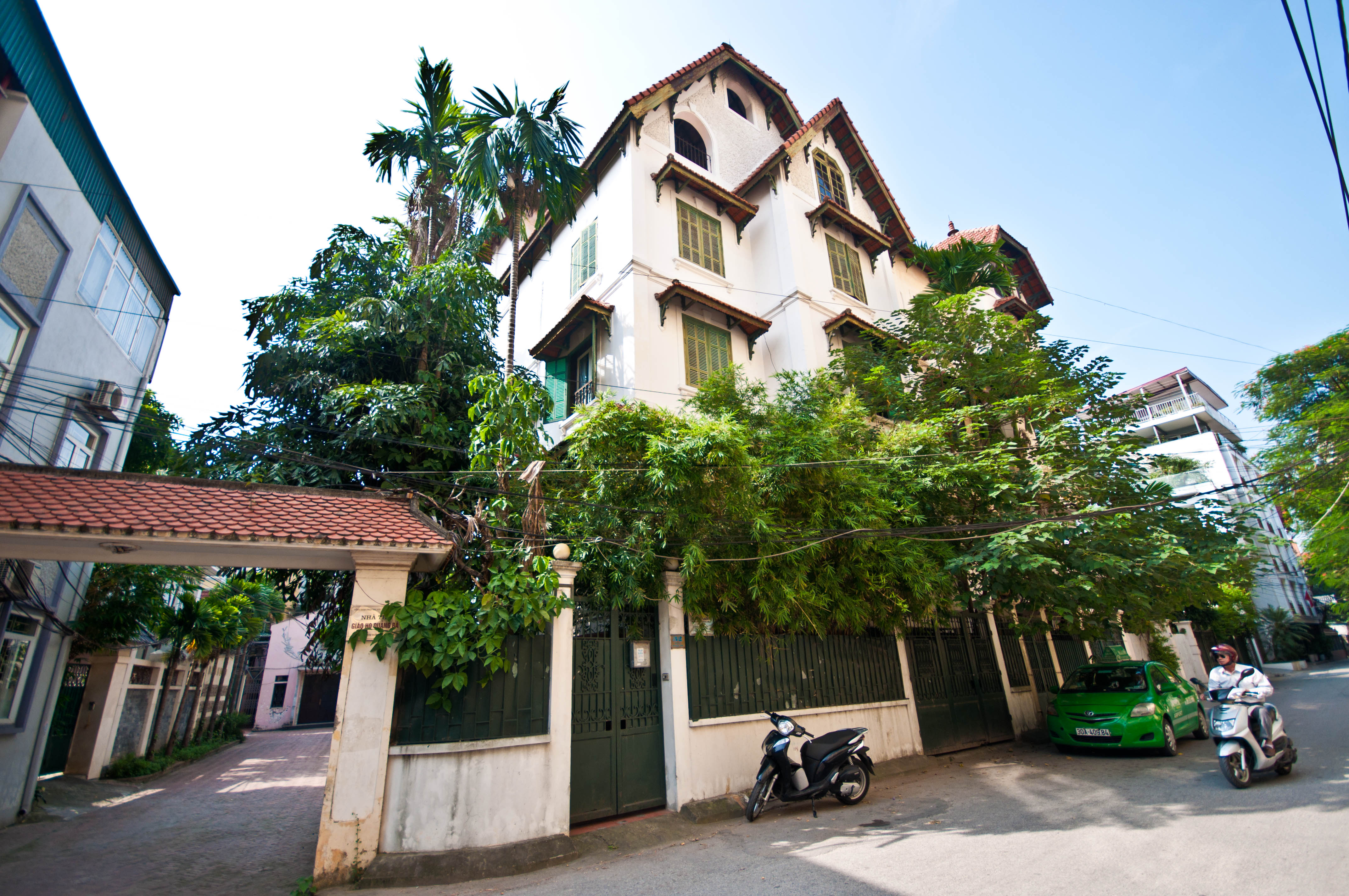 4 Storey Villa Available For Rent on To Ngoc Van